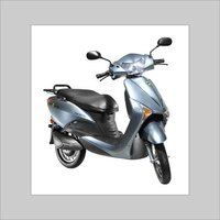 LIGHT WEIGHT ELECTRIC SCOOTY