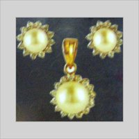 PEARL PENDANT SET