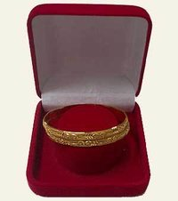 VELVET BANGLE BOX