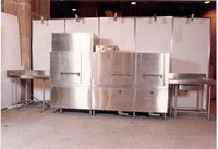 DOUBLE TANK CONVEYOR DISHWASHING MACHINE
