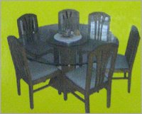 6 Seated Dinning Table