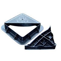 Double Triangular Manhole Cover