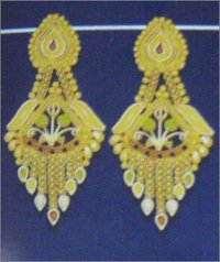 GOLD FANCY EARRING