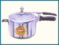 MEDIUM DUTY PRESSURE COOKER