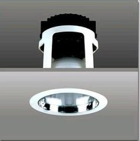 REFLECTOR RECESSED DOWN LIGHT