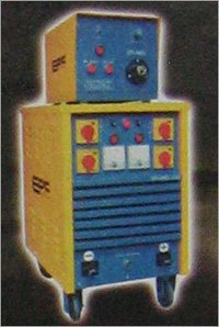 MIG / MAG WELDING MACHINE