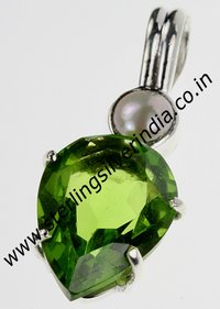 Green Quartz, Pearl Pendants