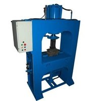 Semi Automatic Paver Moulding Machine