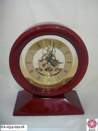 Round Shape Wooden Clock