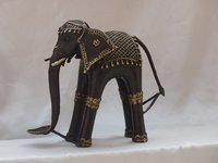 5.8 kg. Brass Elephant