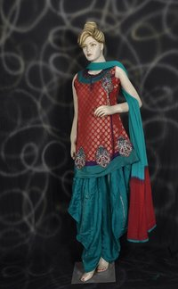 Ravishing Salwar Suit