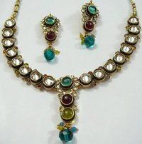 Design Kundan Necklace Sets