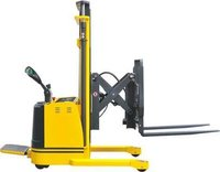 Electric Fork Reach Stacker-Stand On Platform