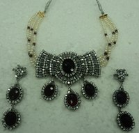 Nicolette Victorian Necklace Set