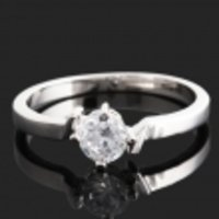 Fine Quality Zirconia Solitaire Ring