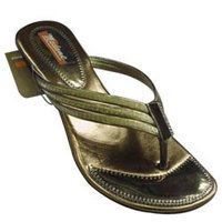 Ladies Ethnic Footwear