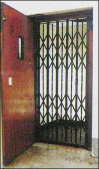 Collapsable Gate With Wooden Swing Door