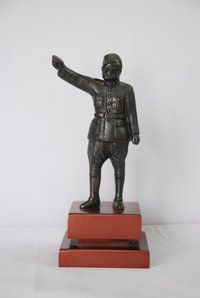 Leaders Brass Statue Trophy