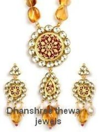 Designer Kundan Pendant Set