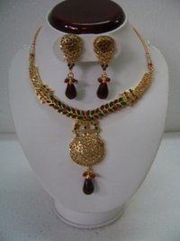 Elegant Polki Necklace Sets