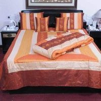Bed Cover With Quilts