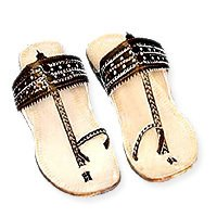 Ladies Kohlapuri Chappals