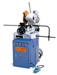 Semi-Automatic Pneumatic Circular Sawing Machine