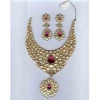 Rodolite Color Stone Kundan Polki Set