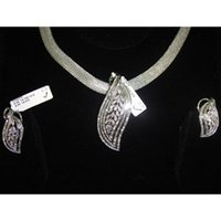 Diamond Pendant Sets