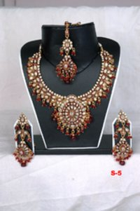 Ruby Bridal Necklace Set