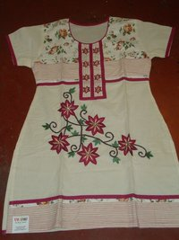 Kurti With Flower Embrodiery