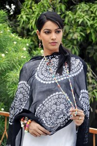 Dupatta Black And White