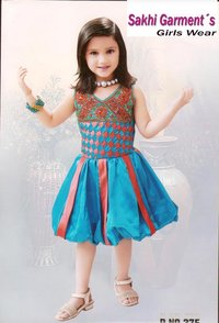 Kids Fashionable Dresses