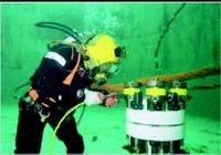 Subsea Bolt Tensioner