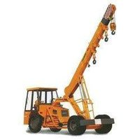 14 Tons Hydra Cranes For Loading Rental Services
