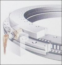Axial-Radial Cylindrical Roller Bearing (Yrt Series)