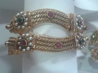 Fashionable Ladies Bangles