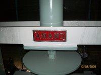 Paper Dish Circle Cutting Machine