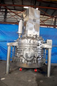 Agitated Nutsche Filter Dryer Machine