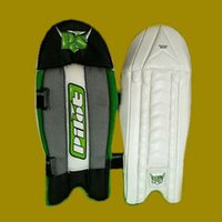 White Color Comfortable Legguard