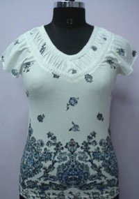 Ladies Sleeveless Embroidery Tops