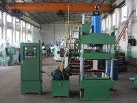Upper Pressure Vulcanizing Machine