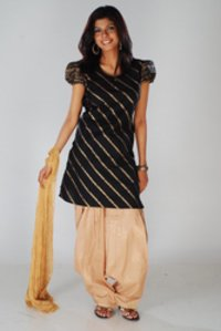 Ladies Fancy Kurtas
