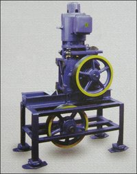 Heavy Duty Traction Machine
