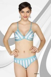 Dove Set Ladies Innerwear