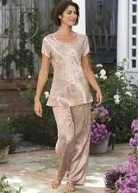 Silky Cloth Ladies Night Wear