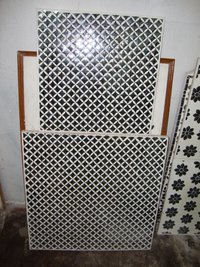 Thikri Glass Tiles