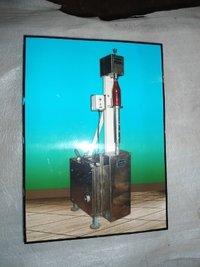 Semi Automatic Crown Cap Sealing Machine