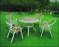 Garden Round Table With Chairs