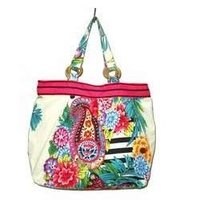 Fashionable Beach Bag